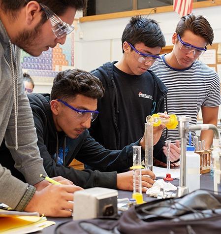 Four chemistry HSI STEM students