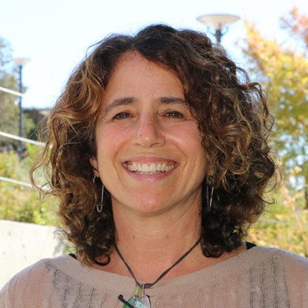 Julie Skoler